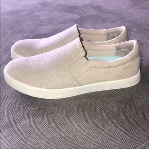 Dr. Scholls sneakers